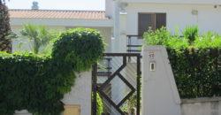 VILLA ubicata nella zona balneare  in Viale La Testa a circa 200 metri dal Mare