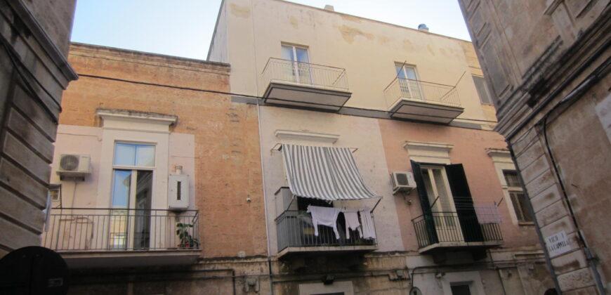 Bisceglie (BT) Appartamento 3 locali ubicato nel centro città €. 100.000