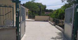 VILLA indipendente con ampio giardino munita di impianto fotovoltaico