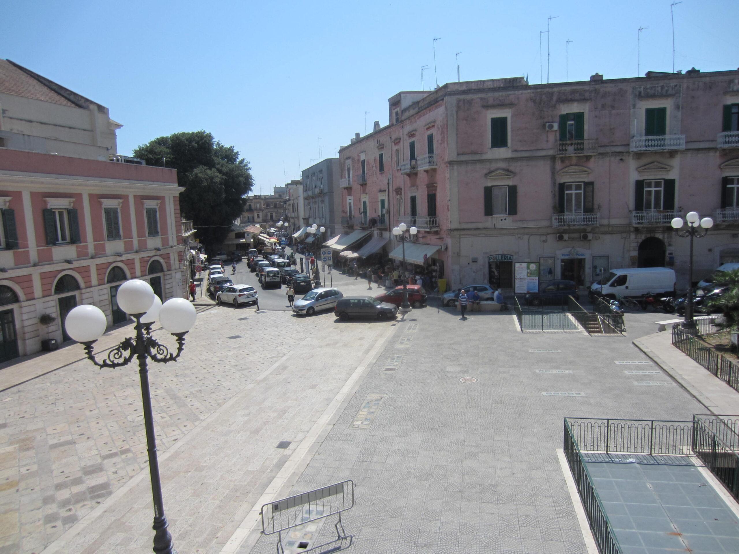 Bisceglie Zona Teatro Garibaldi Appartamento signorile